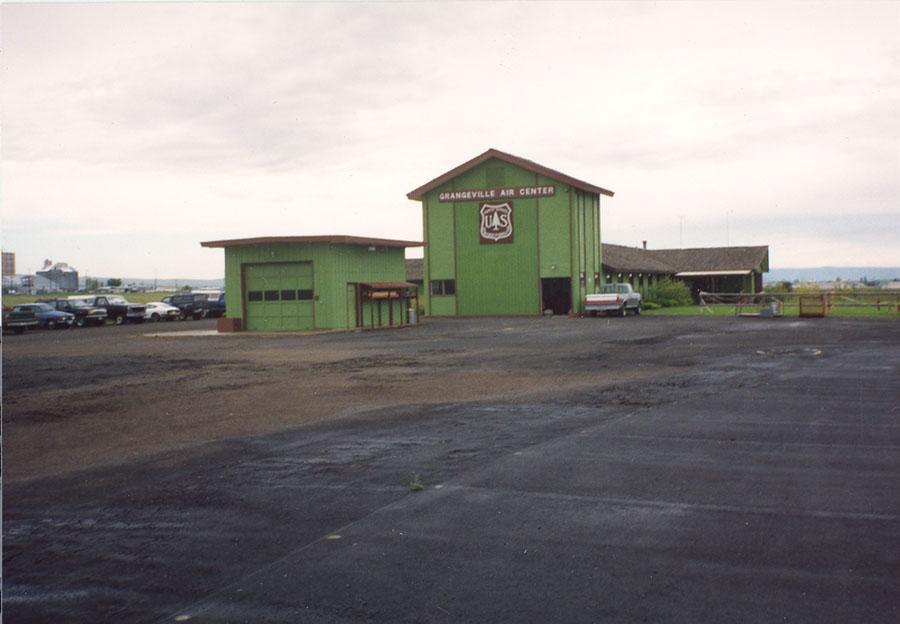 Smokejumper center at Grangeville, Idaho, 1991.