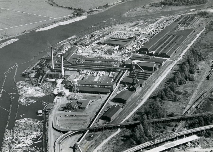 1956 aerial view of Weyerhaeuser Mill B in Everett